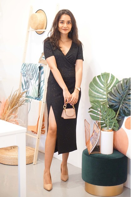 Star Gazing Slit Dress with Sleeves in Black