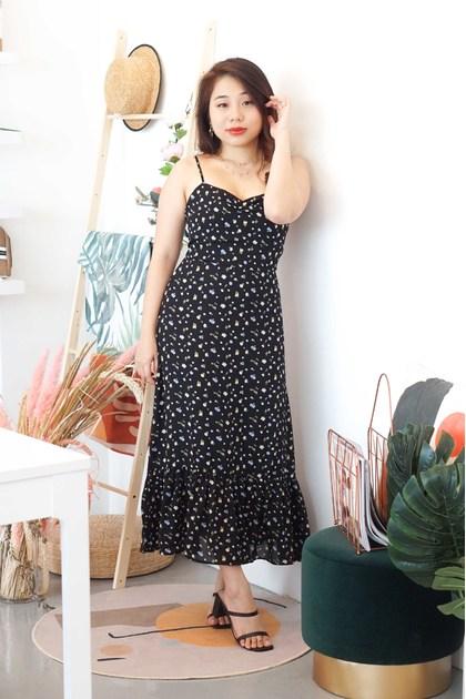 Heart Flutters Sleevesless Floral Maxi Dress in Black