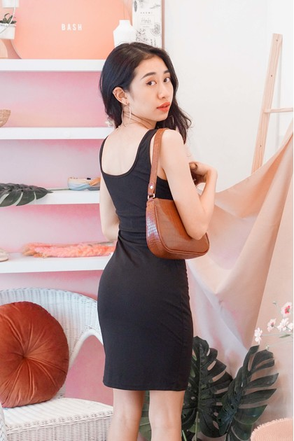 Runway Chic Bodycon Dress in Black