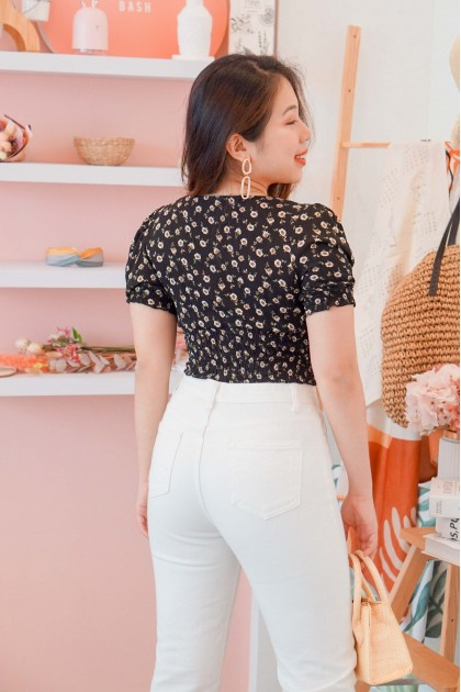 C6 - Chasing Summer Floral Blouse in Black