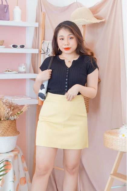 (BACKORDER) Coffee Clubs Knit Button Down Top in Black