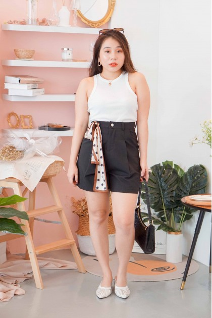 Lay Low Shorts in Black
