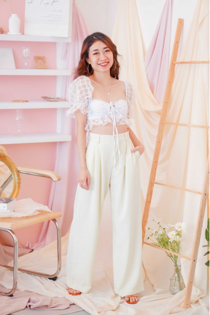 Fling Dream Puffy Sleeve Top in White