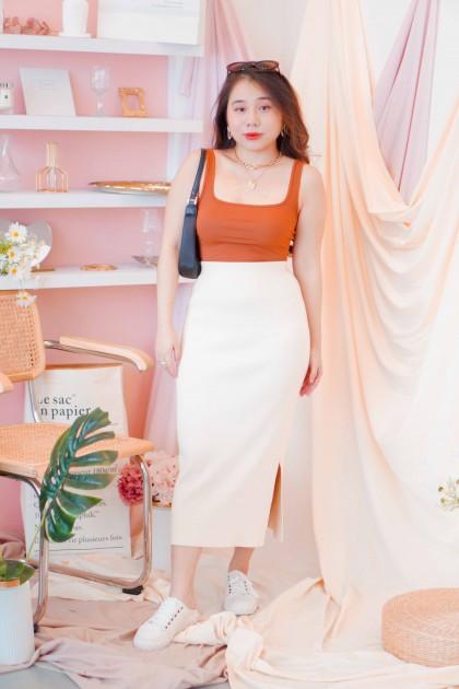 (BACKORDER) Opean Hearted Midi Knit Skirt