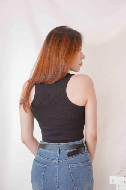 Alexis Basic Crop Top in Black