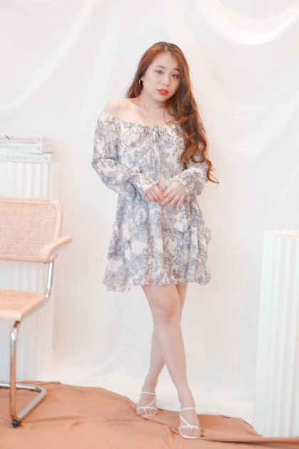 Flower Child Floral Long Sleeve Dress in Blue