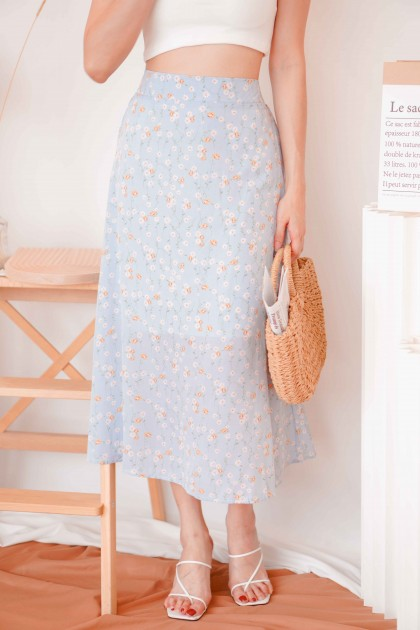 Meadow Lane Midi Floral Skirt in Blue