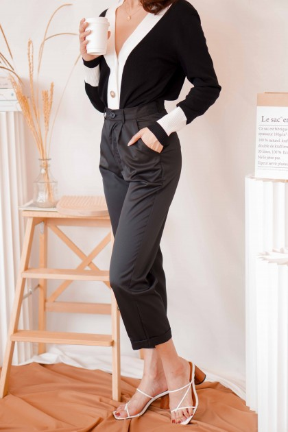 Giselle Cropped Pants in Black