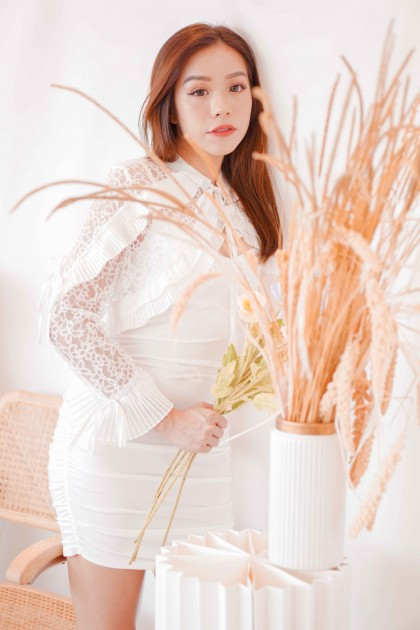 Snow Magic Lace Outerwear in White