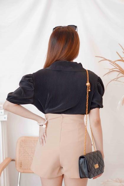 Slate Lines Pleated Puffy Sleeves Top in Black