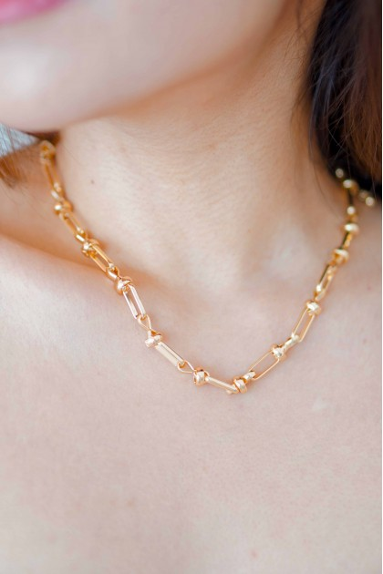 Lean On Me Necklace