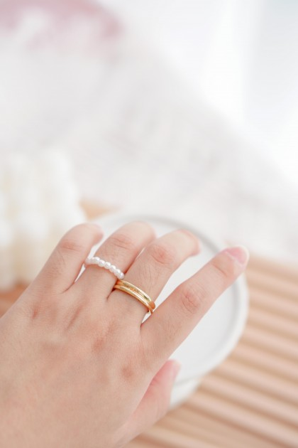 (BACKORDER) Pearly Please Ring Set