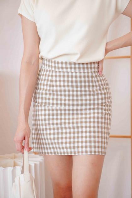 Night Seeker Checkered Skirt in Khaki