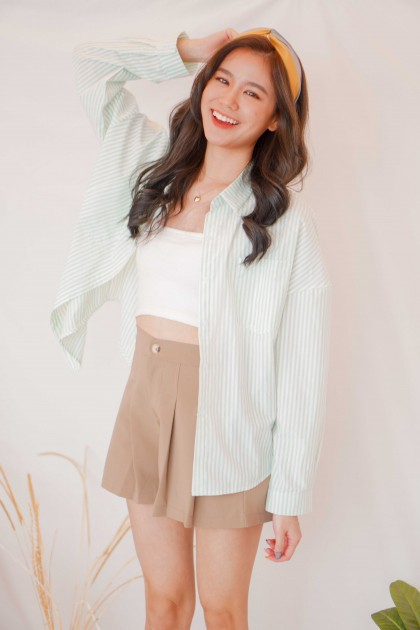 (BACKORDER) Style Note Stripes Button Down Top in Green