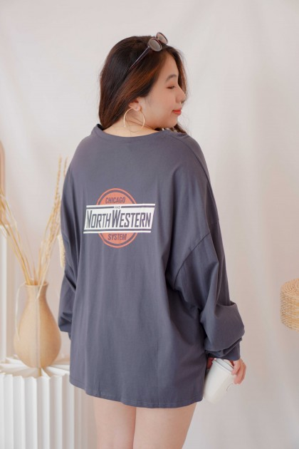 Just Chilling Oversized Graphic Sweater in Dark Blue