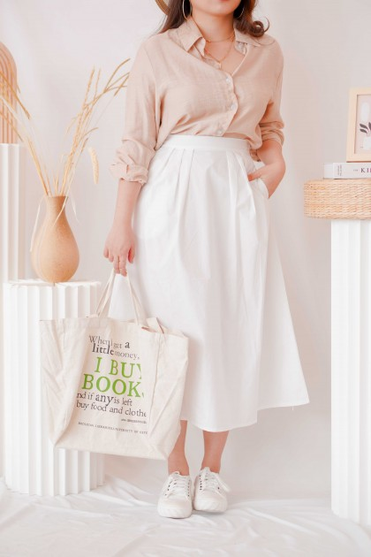 Simple Favor Midi Skirt with Pockets in White