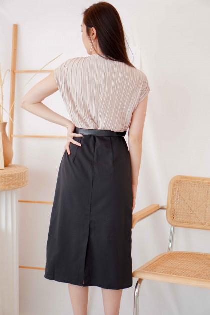 Emelda Pleated V Neck Midi Dress