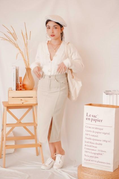 Trend Moment Denim Skirt in Grey
