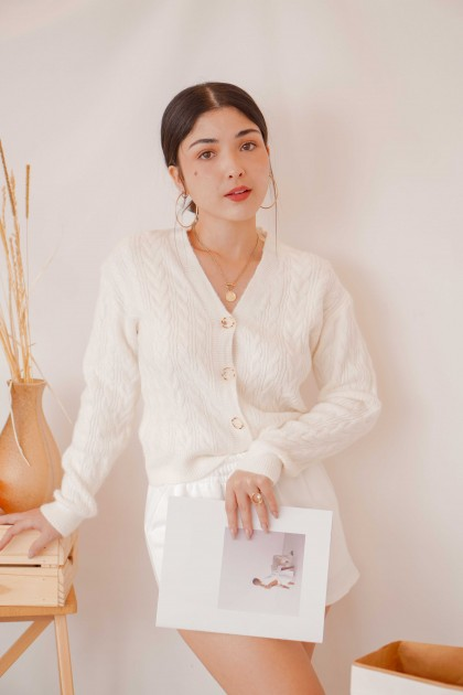 (BACKORDER) Warm Minute Knit Cardigan with Button in White