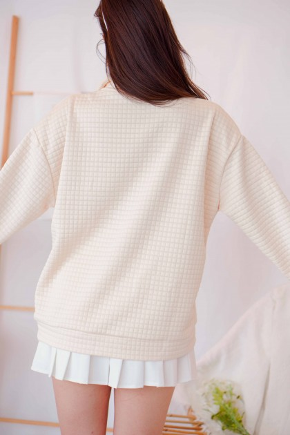 (BACKORDER) Waffle Heart Quilted Sweater in Beige