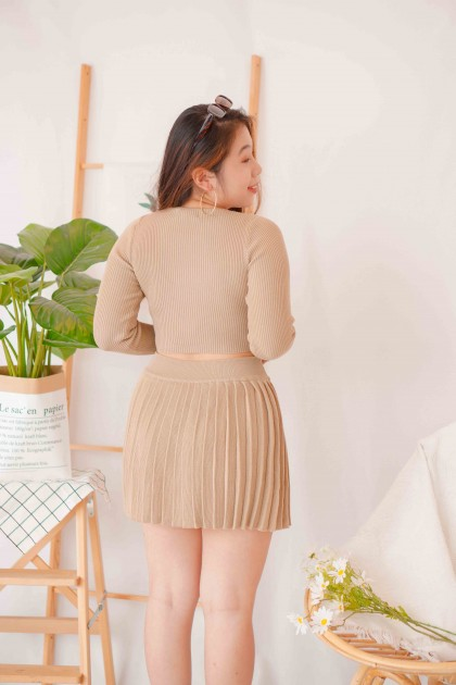 Cover Babe Knit Crop Top in Khaki