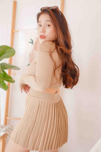 (BACKORDER) Cover Babe Pleated Mini Skirt in Khaki